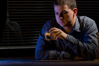 How to avoid snoring? Don't drink alcohol before bedtime.
